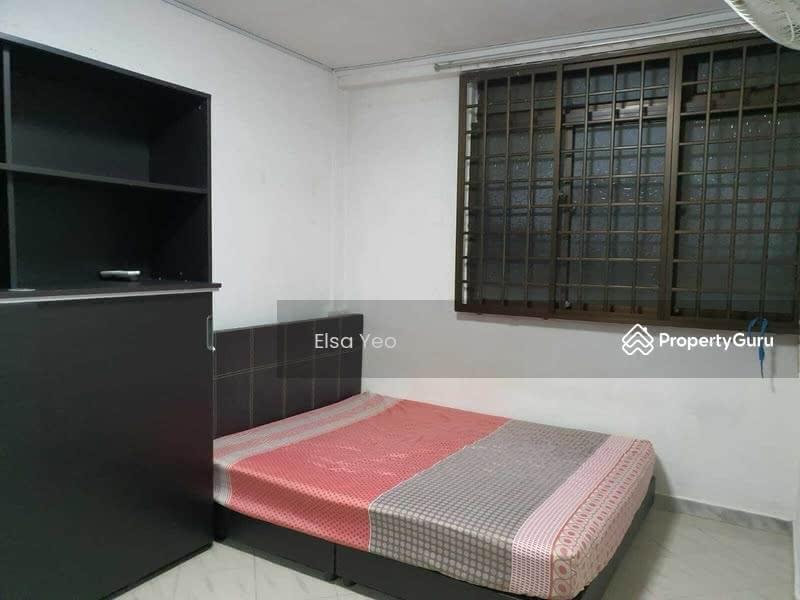 611 Hougang Avenue 8 #127461949