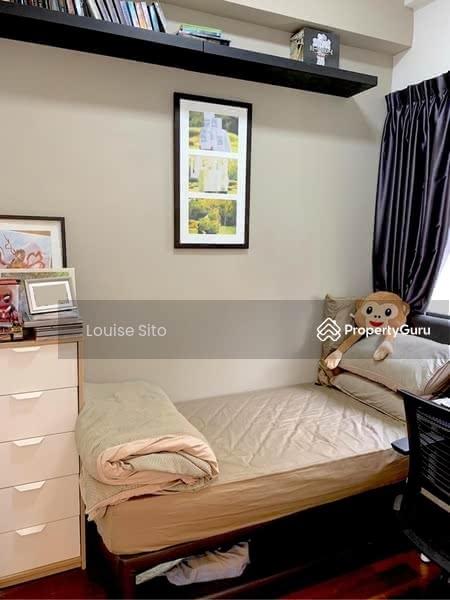 Daisy Suites #127978505