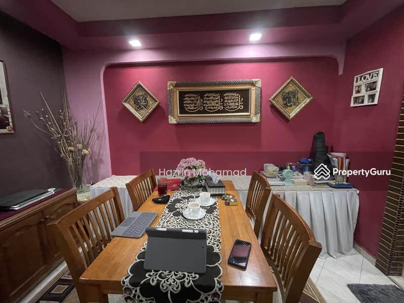 697 Hougang Street 61 #127586507