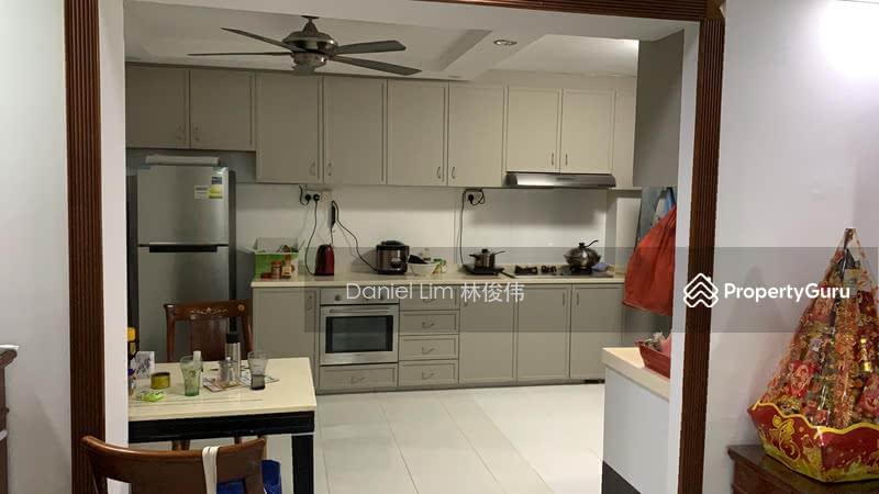 462 Hougang Avenue 10 #127599025