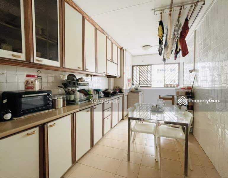 660 Hougang Avenue 8 #128333481