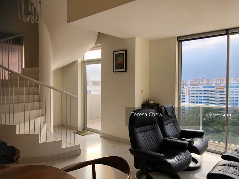Freehold Penthouse That Makes an Awesome Bachelor Pad! #127913983