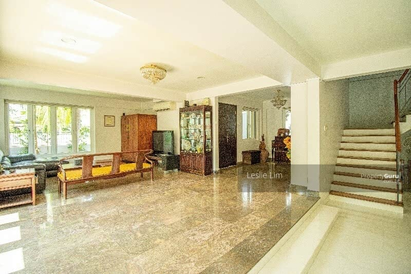 Looking For Bungalow In Dunbar Frankel Area? This Is the one,only $7.X mil Call 96791120 #127833557