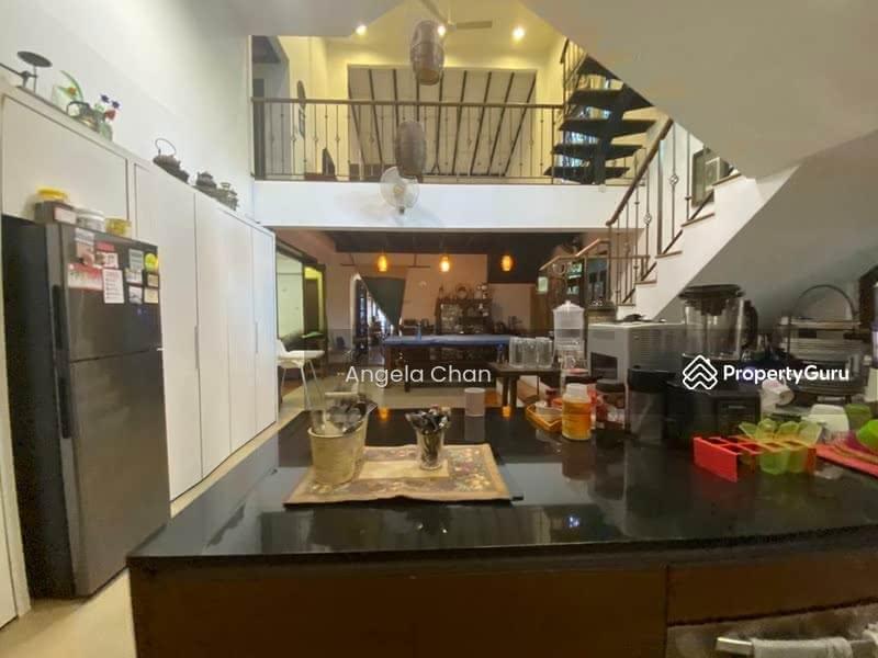 Spacious And Huge Landed Property at Jalan! #127943921