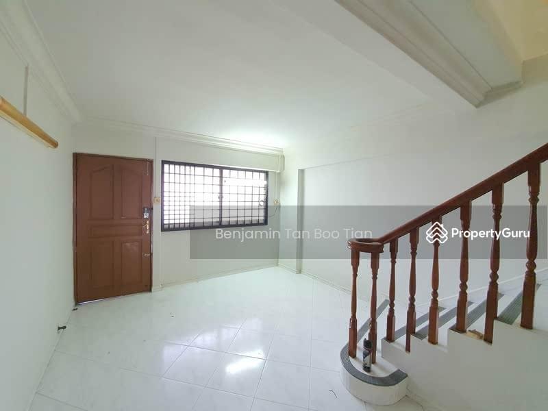 454 Hougang Avenue 10 #127995173