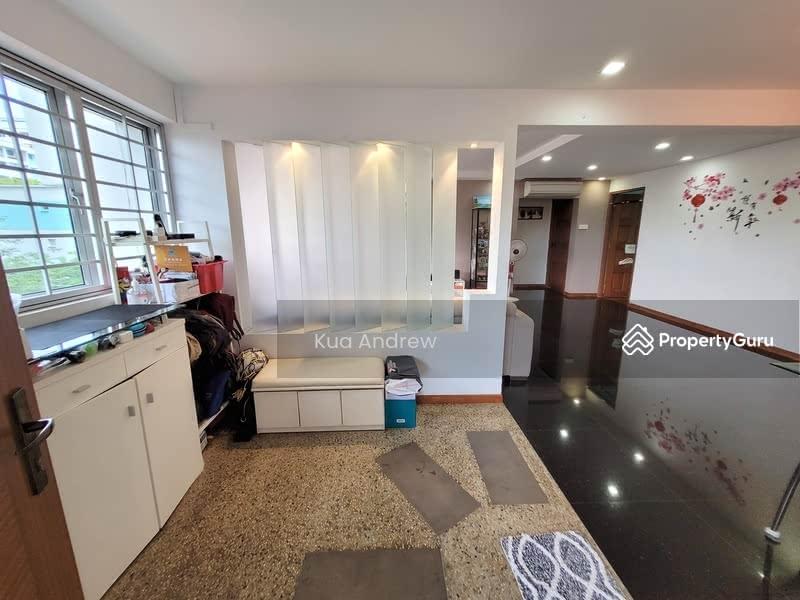 512 Hougang Avenue 10 #128002141