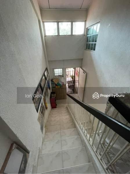 111 Hougang Avenue 1 #128008141