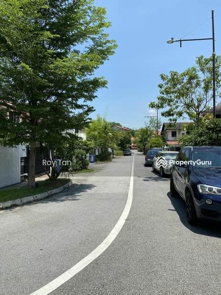 Dido street #128435883