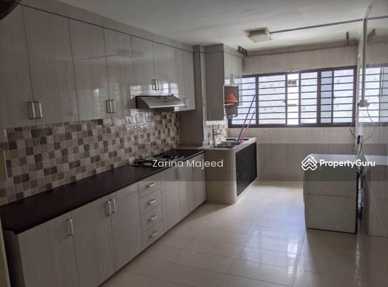 319 Hougang Avenue 5 #128351129