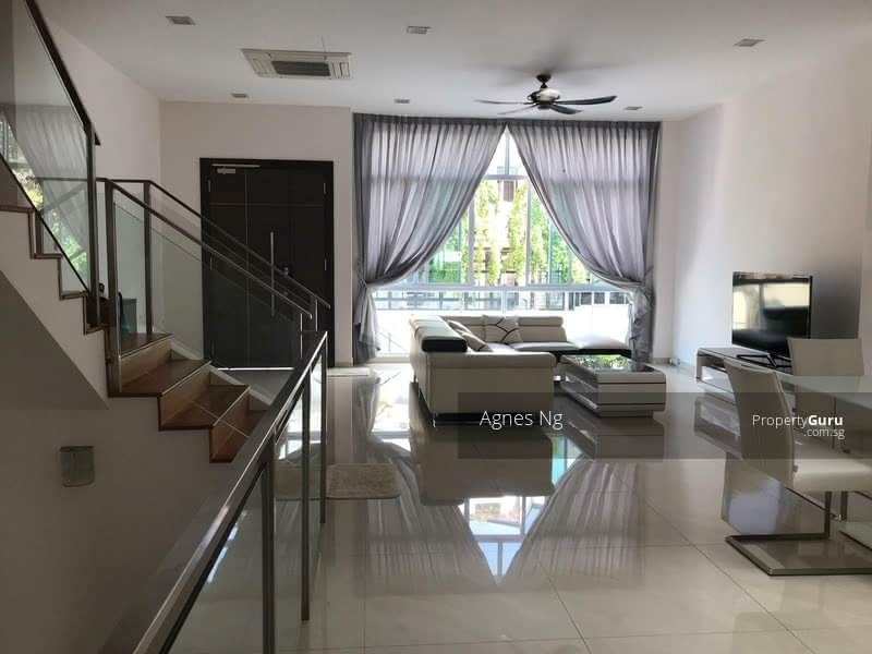 ⭐⭐LANDED7772 @ Beautifully Renovated Terrace House with Big Land Size #128422303