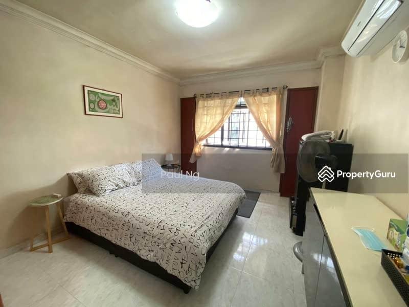 656C Jurong West Street 61 #128468235