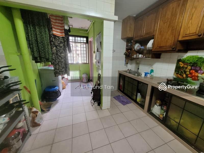 739 Jurong West Street 73 #128528117
