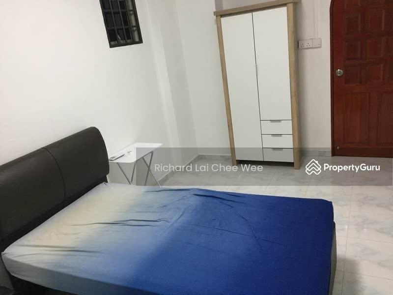 706 Jurong West Street 71 #129576317