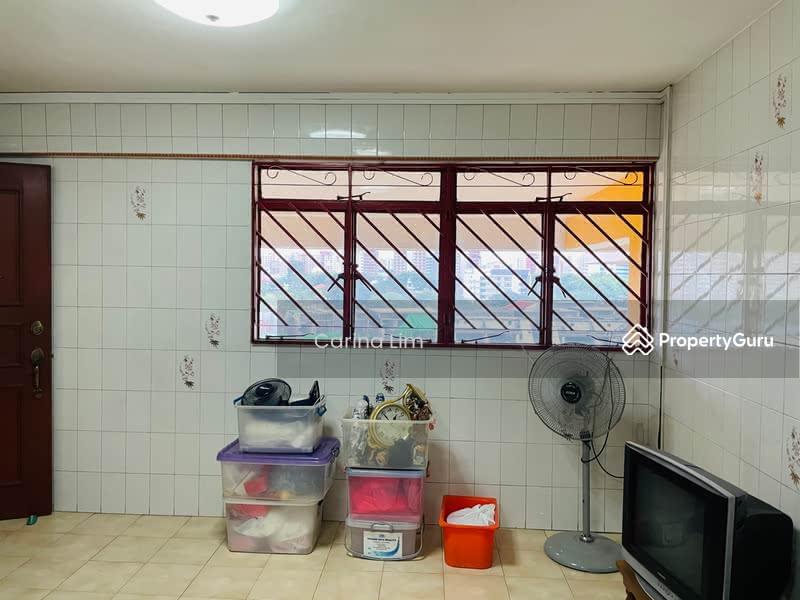 701 Hougang Avenue 2 #128562271