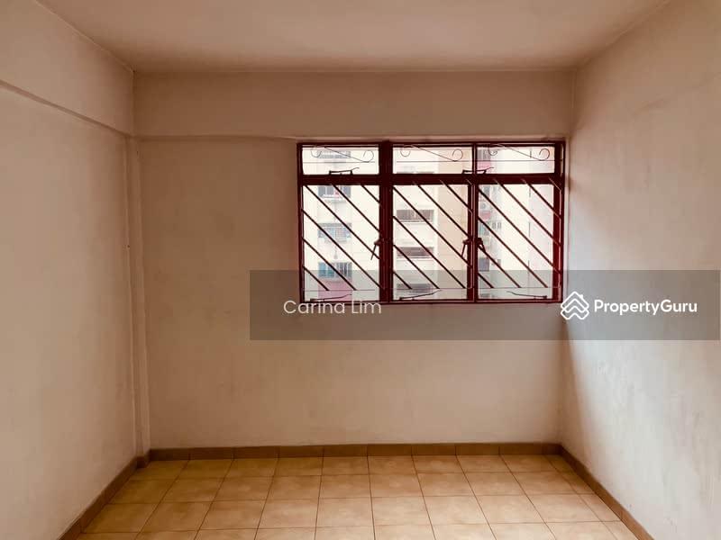 701 Hougang Avenue 2 #128562273