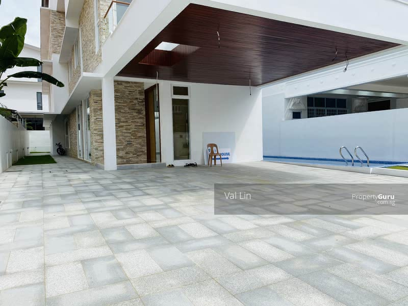 Serangoon D19 Phillips ★ TOP Brand New 3.5Sty Bungalow ★ Unbelievably Spacious Rooms ★ 4 Cars #128587387