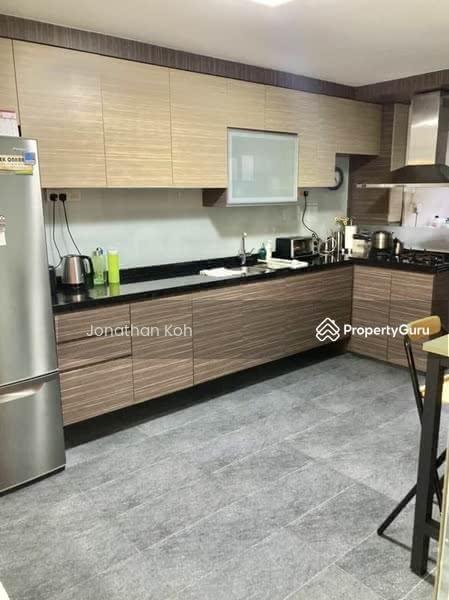 710 Hougang Avenue 2 #128620477