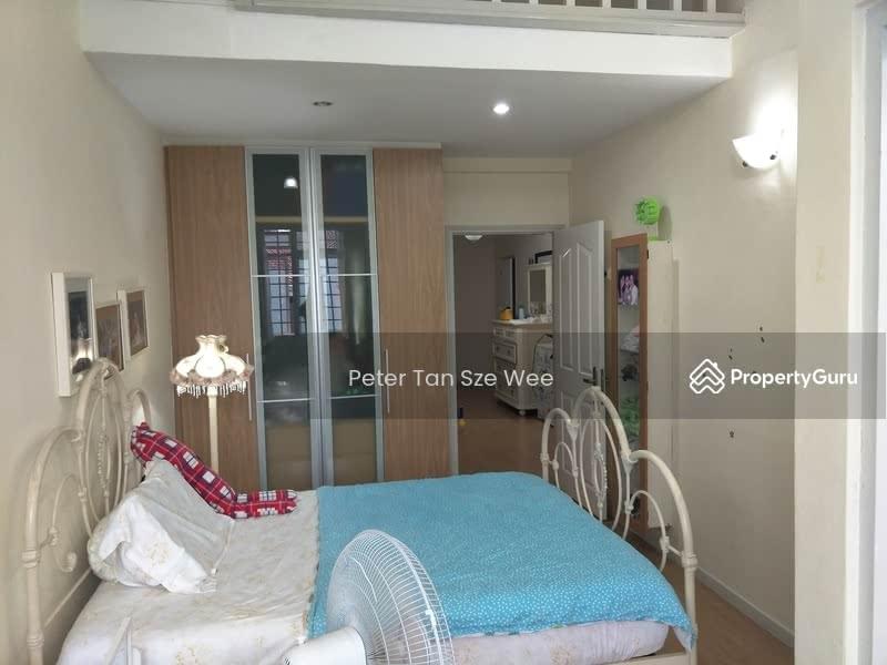 Serangoon Landed House Common Room #128634239