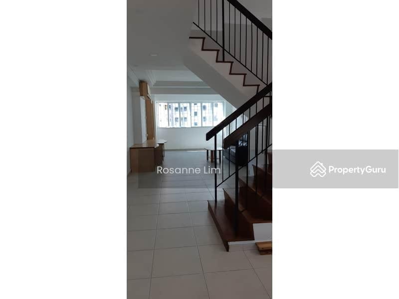 287D Jurong East Street 21 #128644001