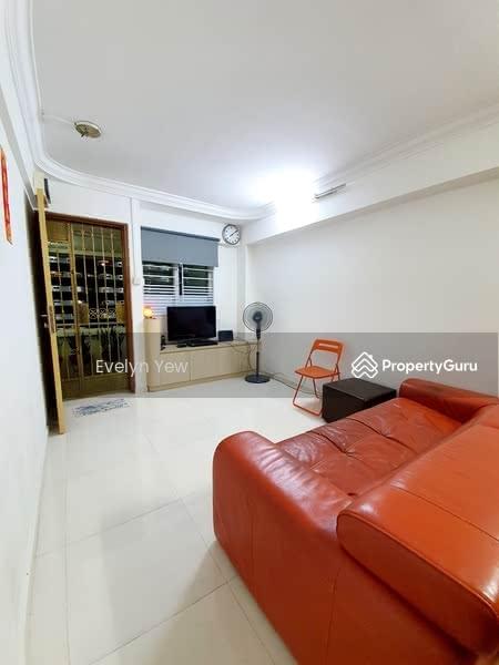 639 Ang Mo Kio Avenue 6 #128647841
