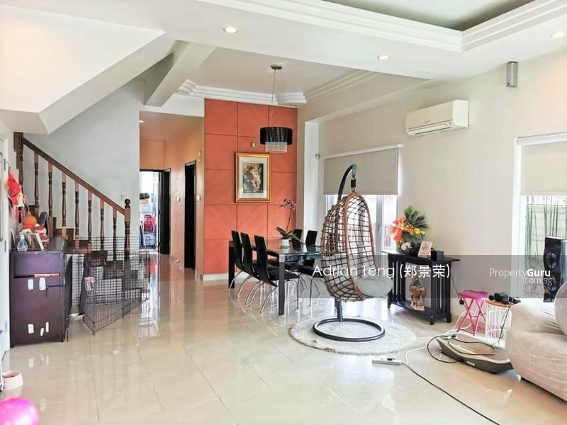 Corner, serangoon terrace, can park up to 6 cars! Full privacy #128664765