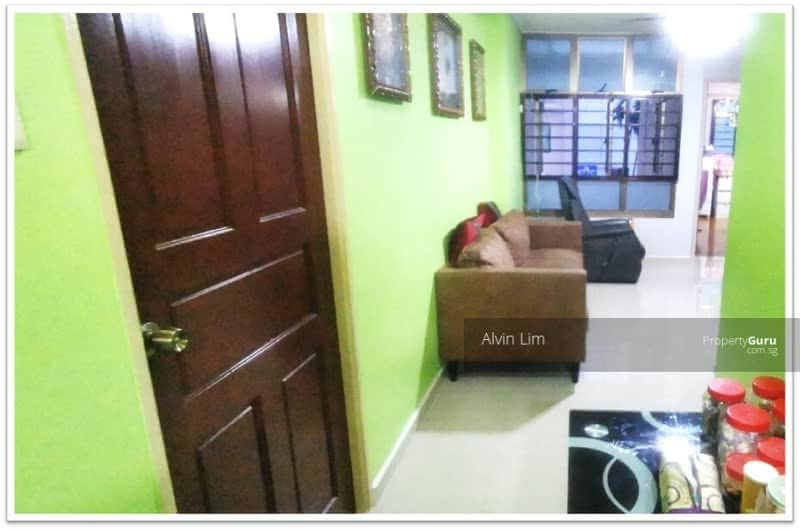 677A Jurong West Street 64 #128681137