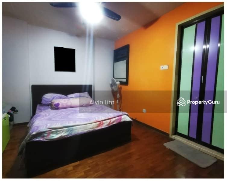 677A Jurong West Street 64 #128681139
