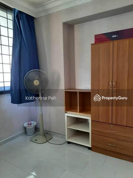 417 Hougang Avenue 8 #128705533