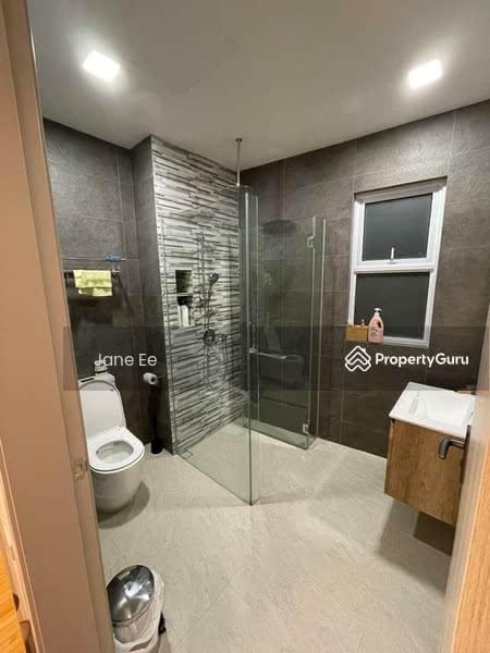 Landed house Room rental at Jalan Grisek #128687909