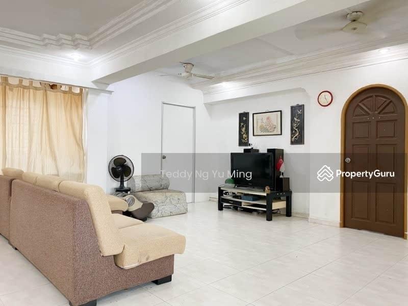 825 Jurong West Street 81 #128690127