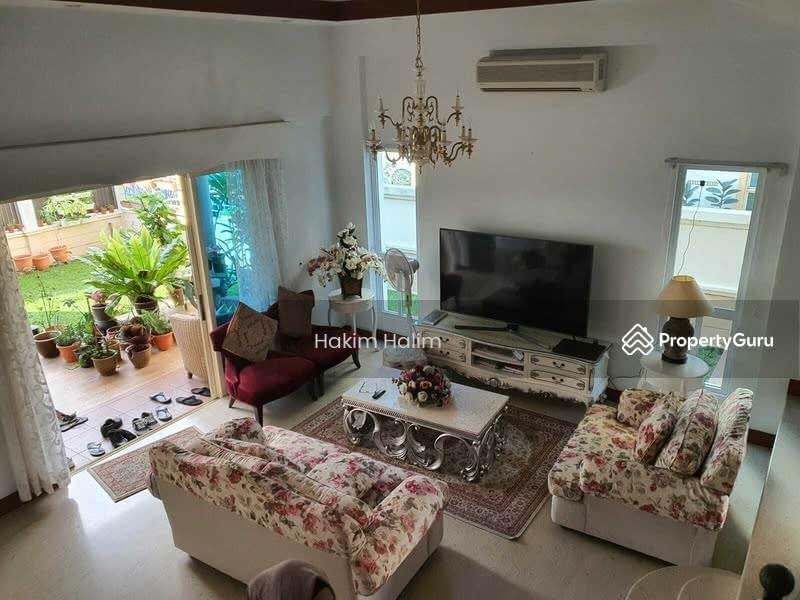 Villa Verde #128691785
