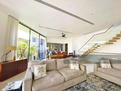 For Sale - Mount Sinai / Holland locale
