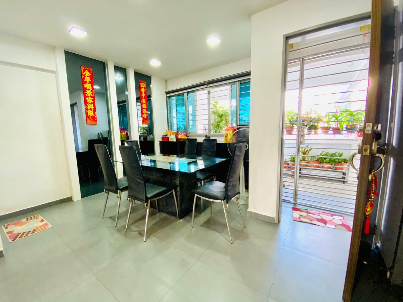 549 Jurong West Street 42 #128735307