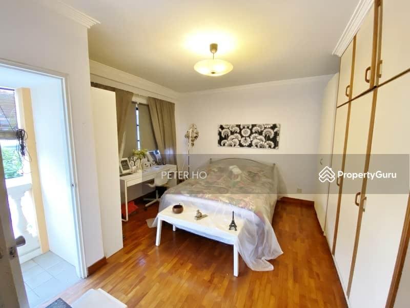 2nd level bedroom Ensuite