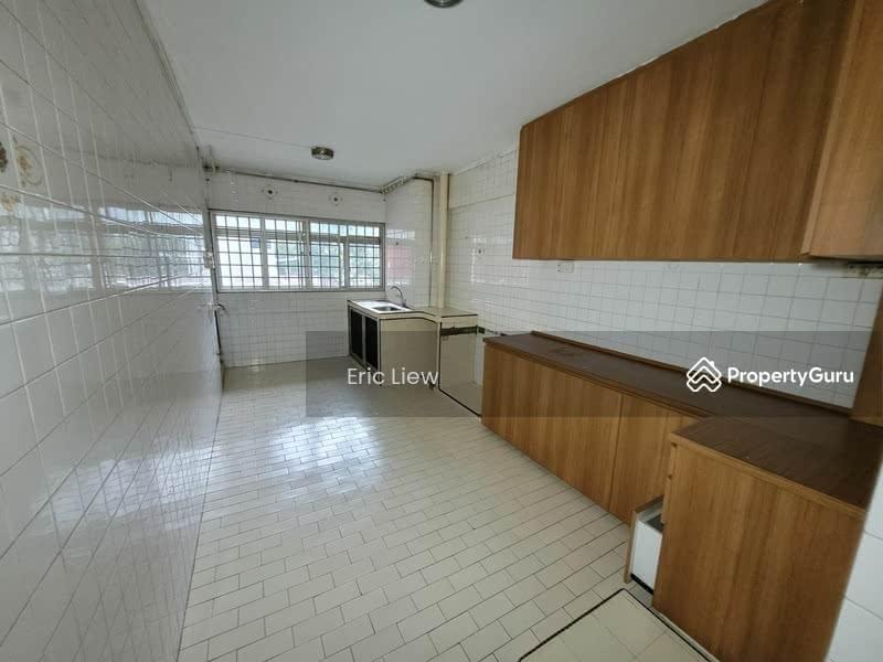 250 Hougang Avenue 3 #128745367