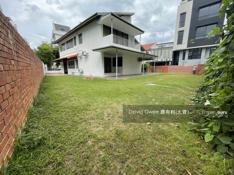 1km Tao Nan $9XX/psf Big Old Bungalow Land size 9352sf  Call David 81394988 Now! #128856839