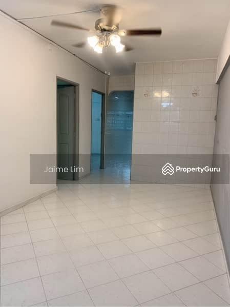 250 Hougang Avenue 3 #128743253