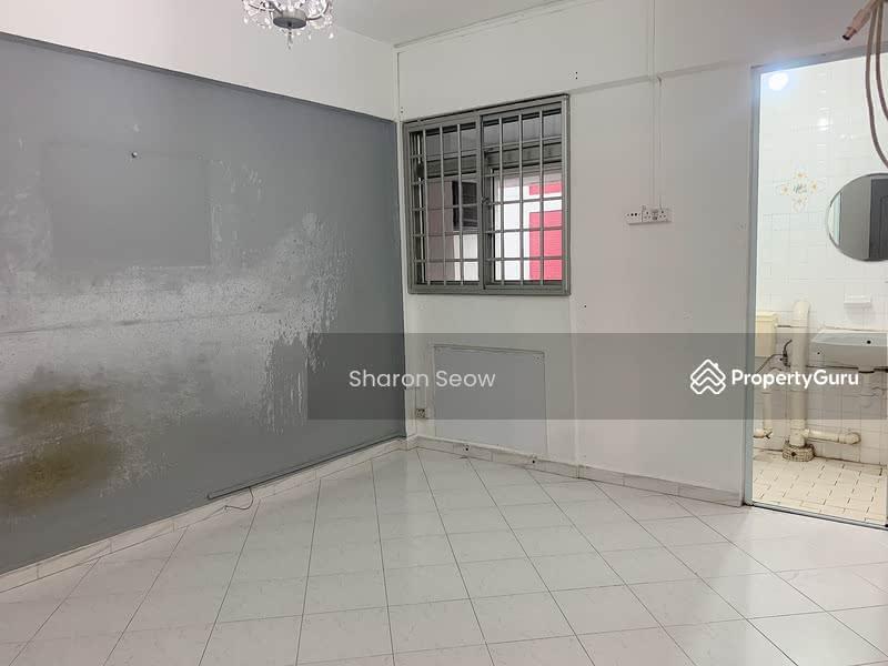 250 Hougang Avenue 3 #128763069