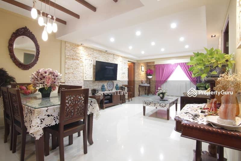 335 Sembawang Close #128757831