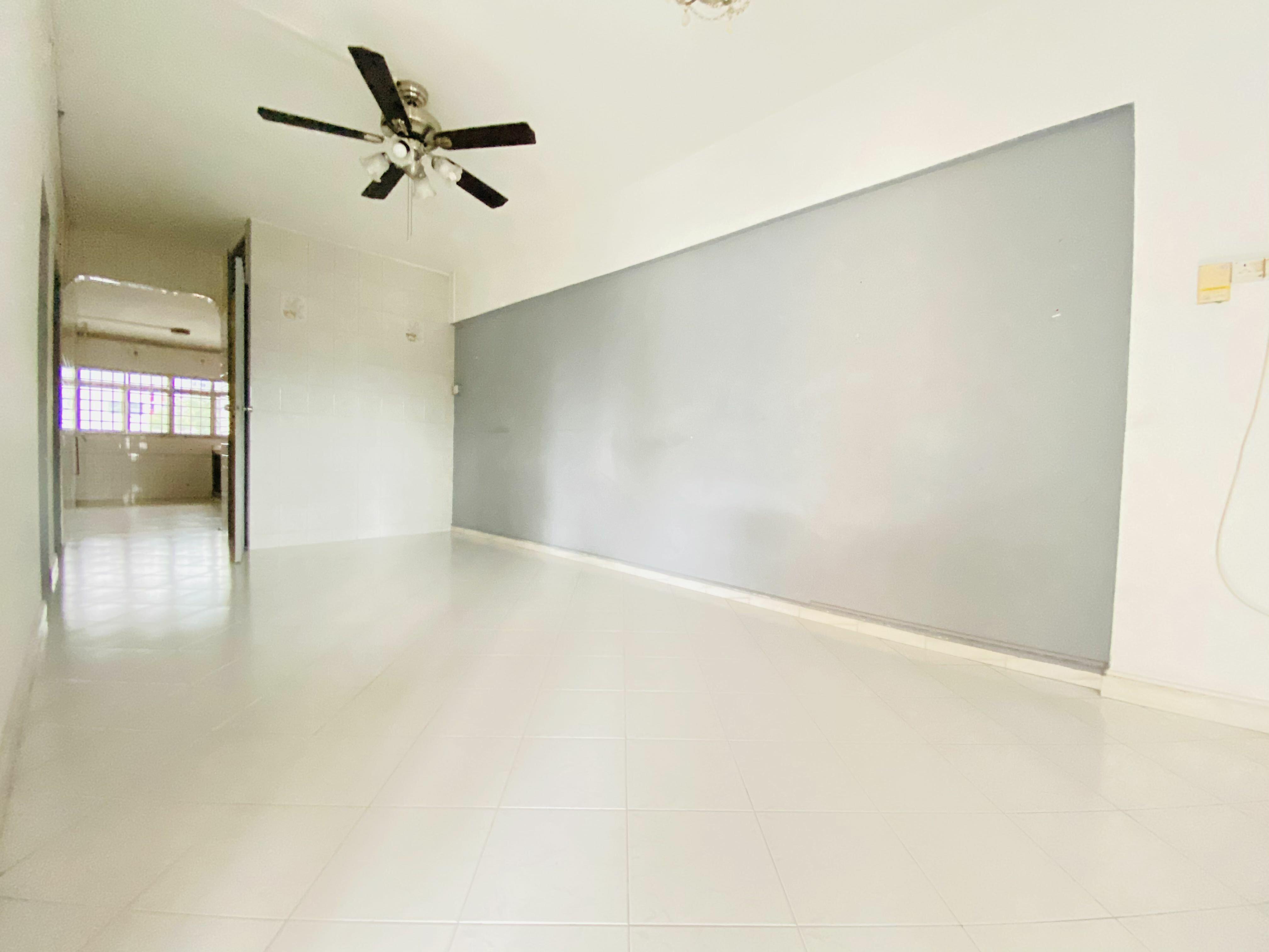 250 Hougang Avenue 3 #128758475