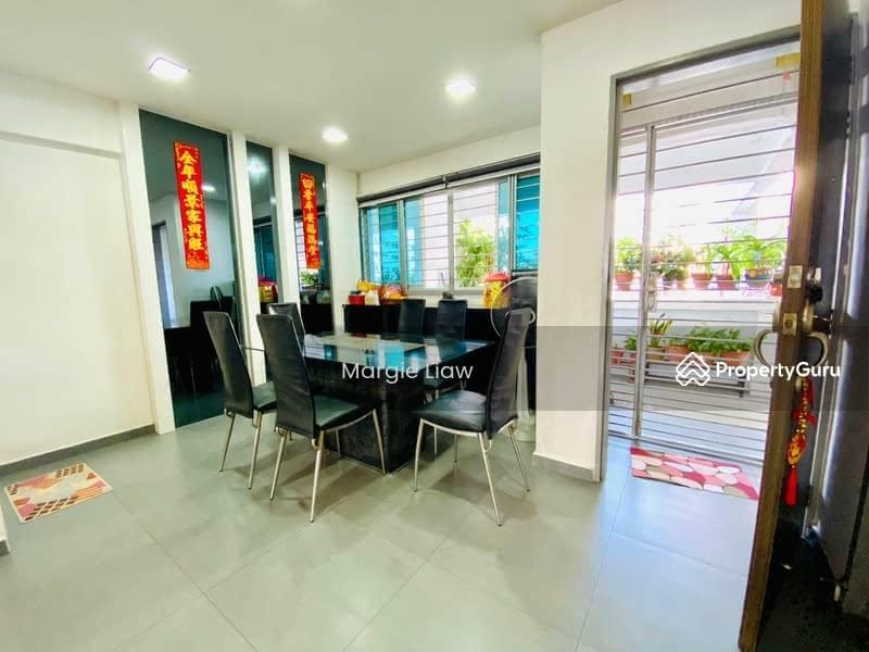 549 Jurong West Street 42 #128770089