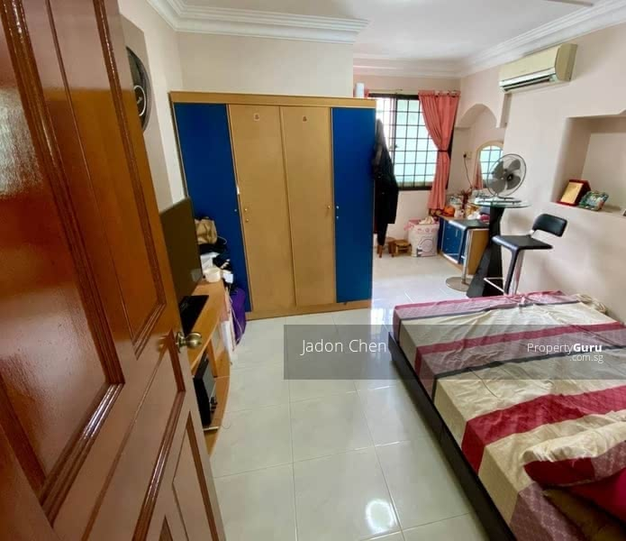 565 Hougang Street 51 #128777237