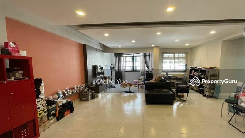 288D Jurong East Street 21 #128808675