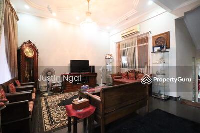 For Sale - Loyang Villas