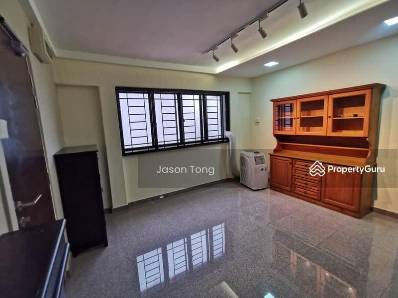 453 Jurong West Street 42 #129691097