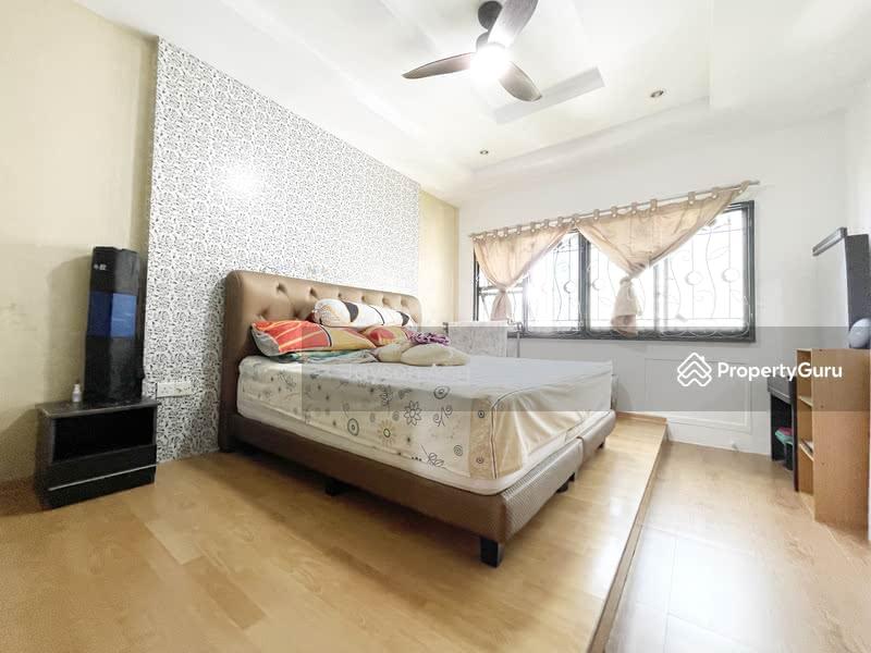 288C Jurong East Street 21 #128853097