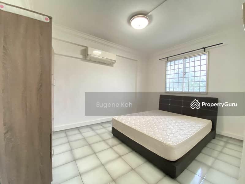 644 Hougang Avenue 8 #128875725