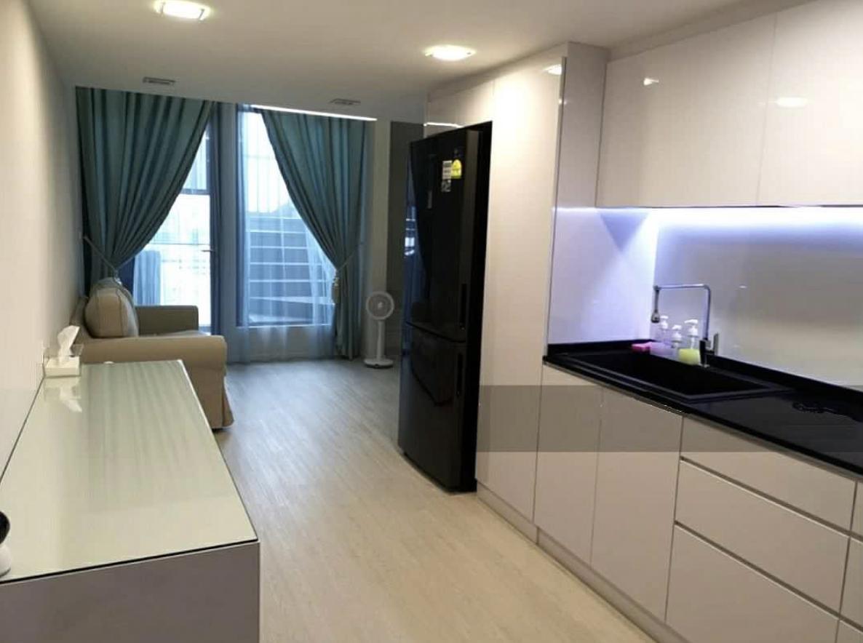 38 I Suites #128876473
