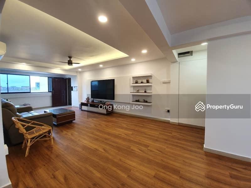 707 Hougang Avenue 2 #128881755