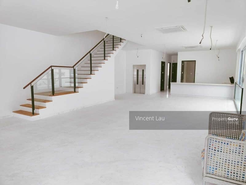 Newly Built FH Semi-D along Siglap Road with MBS View! #128882793